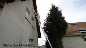 Crépis Intérieur Nettoyage Sur Mur Placo Dans Une Maison