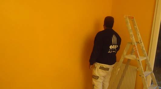 Comprendre l'utilisation de la peinture hydrofuge mur intérieur